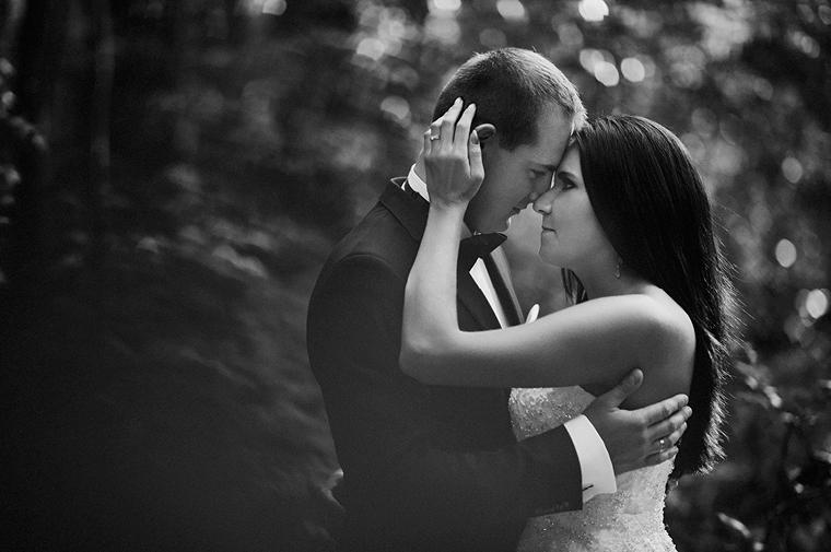 plener ślubny - czarno biały