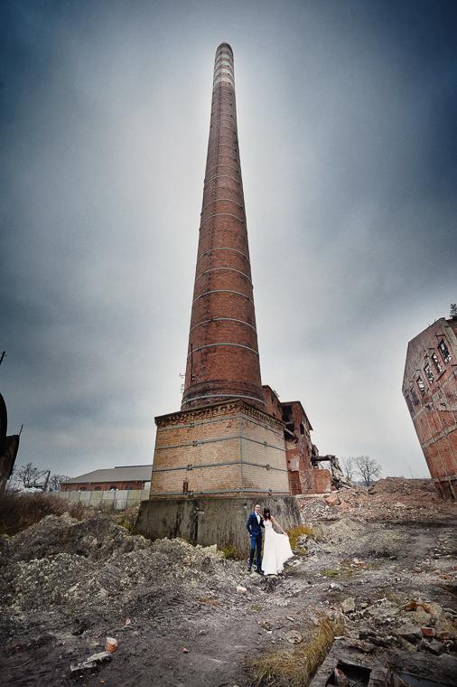 zdjęcia w ruinach - fotografia ślubna