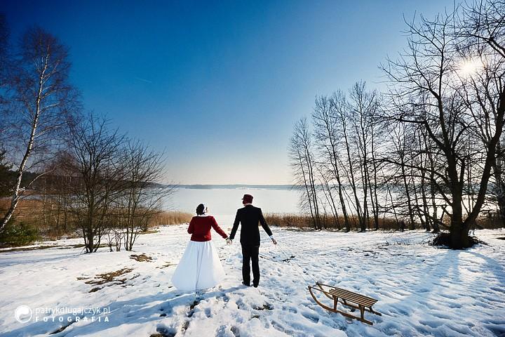 Plener zimą, a właśnie że tak – Fotograf ślubny śląsk